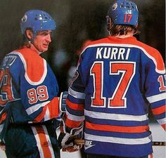 Wayne Gretzky and Jari Kurri Hockey Games, Hockey Players, Ice Hockey, Hockey Boards, Hockey World, Sports Personality, Wayne Gretzky, Edmonton Oilers, Nfl Fans