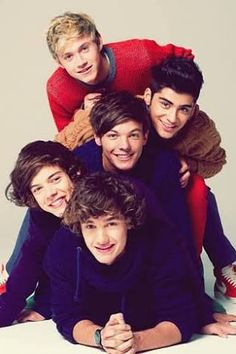 Im In Love, One Direction Wallpaper, Celebrity, Zayn, Music, Harry Styles
