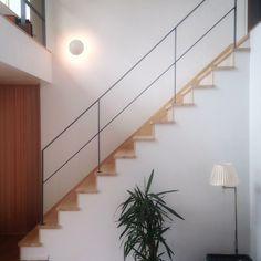 アイアン階段って高すぎる!「アイアン手すり×箱型階段」がコスパ最強説 | everythank home