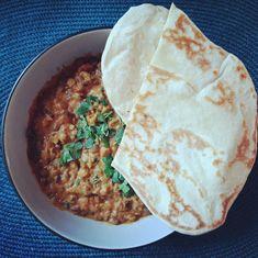 Dal makhani az indiai lencsefőzelék - Helló Curry! Hummus, Curry, Ethnic Recipes, Food, Turmeric, Curries, Essen, Meals, Yemek
