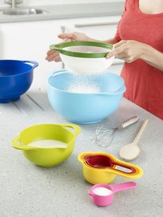 Love this!  Stackable bowls and measuring spoons