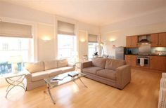 2 Bedroom Apartment in Bath to rent from £1100 pw. With TV and DVD.
