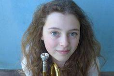 Useita kilpailuja voittanut trumpetin ihmelapsi, 16-vuotias Lucienne Renaydin Vary esiintyy ensi kertaa Suomessa ja tulkitsee kaksi trumpettikonserttoa: tanskalaisen Bent Sørensenin ovelan ja uteliaisuutta herättävän teoksen sekä Joseph Haydnin perinteisemmän version. Ke 4.11. klo 19 Jyväskylän teatteritalo