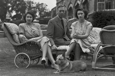 George V1 with Elizabeth and Margaret