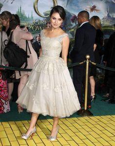 Mila-Kunis | Dolce & Gabbana Prom Dress