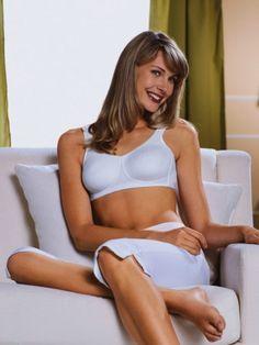 324daf43d70716 27 beste afbeeldingen van Protheselingerie - Swimsuits