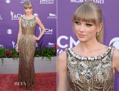 Taylor Swift In Dolce & Gabbana – 2013 ACM Awards