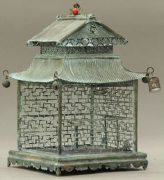 Cage in oriental style . Chinoiserie, Art Decor, Decoration, Antique Bird Cages, The Caged Bird Sings, Vintage Birds, Vintage Clocks, Vintage Metal, French Vintage