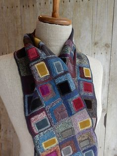 """""""Skyscraper"""" small scarf 