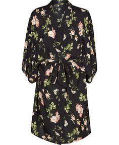 ERIN 1 kjole fra Magasin – Køb online på Magasin.dk - Magasin Onlineshop - Køb dine varer og gaver online