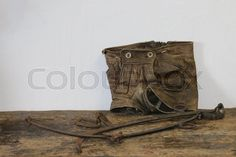 Lederhose ist allgemein die Bezeichnung für eine aus Leder gefertigte kurze oder lange Hose. Größere Verbreitung hat die Lederhose als Trachtenlederhose.   Stock-Foto   Colourbox on Colourbox   (c) HaKo Photo