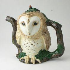 Collectable Tea Pots | ... Woodland Birds Barn Owl Decorative Novelty Collectible Teapot | eBay Bird Barn, Barn Owls, Cute Teapot, Teapots Unique, Teapots And Cups, Tea Art, Ceramic Teapots, Chocolate Pots, Pottery Studio
