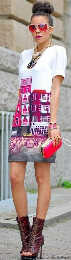 Home on my dress. Architectural detail... - Street Fashion