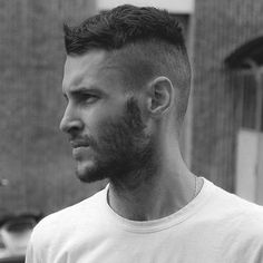 56 Cool Disconnected Undercut Hairstyles For Men // - Frisuren Bilder - Mens Hairstyles 2014, Undercut Hairstyles, Funky Hairstyles, Shaved Hairstyles, Mens Undercut Hairstyle, Men Undercut, Medium Hairstyles, Hair Men Style, Hair And Beard Styles