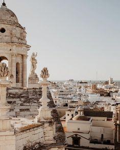 Eine andalusische Oase: Das Life Astuto Boutique Hotel in Jerez de la Frontera Cadiz, Galileo Galileo, Boutique, Plitvice Lakes National Park, London Places, Family Vacation Destinations, Beautiful Places To Travel, New Travel, Travel Aesthetic