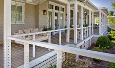 Deck railing isn't just a security attribute. It can include a sensational visual to frame a decked location or deck. These 36 deck railing ideas reveal you how it's done! Veranda Railing, Front Porch Railings, Deck Railing Design, Patio Railing, Cable Railing, Deck Design, Glass Railing, Banisters, Building A Porch
