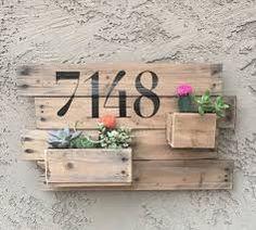 Resultado de imagen de jardinera palets community and decor