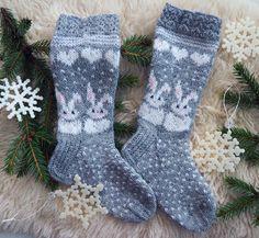 Knit Stockings, Cross Stitch Flowers, Cool Socks, Knitting Socks, Mittens, Knit Crochet, Projects To Try, Pattern, Diy