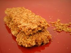 Banana and Oatmeal Bars 3 Veggie Recipes, Low Carb Recipes, Real Food Recipes, Cooking Recipes, Yummy Food, Healthy Recipes, Delicious Recipes, Healthy Granola Bars, Homemade Granola Bars