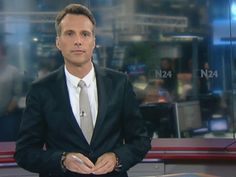 Sendung: N24 Nachrichten Moderator: Alexander Siemon Sendezeit: ab 13:00 Datum: 09.10.2014