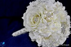White Rose Bouquet FM05