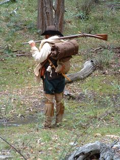 on the trail 17th Century Fashion, 18th Century, Fur Trade, American Revolutionary War, American Frontier, Colonial America, Mystery Of History, Life Pictures, Mountain Man