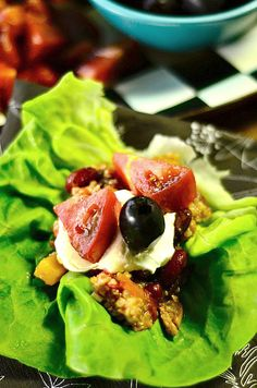 Quinoa Turkey Chili Lettuce Wraps   ReluctantEntertainer.com