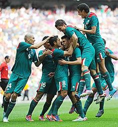 Mexico wins the men's Olympic soccer gold medal!! Viva Mexico!!!