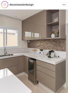 Ideas Kitchen Tiles Beige Cabinets For 2019 Kitchen Cupboard Designs, Kitchen Room Design, Home Decor Kitchen, Interior Design Kitchen, Kitchen Furniture, Small Modern Kitchens, Beautiful Kitchens, Kitchen Modular, Contemporary Kitchen Design