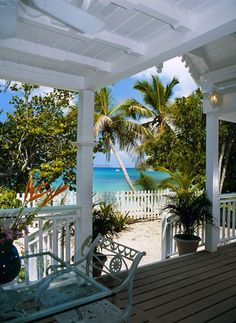 New House Dream Beach Porches Ideas Beach Cottage Style, Coastal Cottage, Coastal Homes, Beach House Decor, Coastal Living, Beach Homes, House On The Beach, Beach Chic Decor, Hawaii Homes