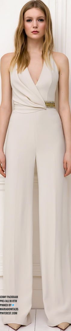 Nudes never go out of fashion 💕Jenny Packham Pre-Fall Only Fashion, Fashion 2018, High Fashion, Womens Fashion, Women's Dresses, Classy Outfits, Beautiful Outfits, Jumpsuit Elegante, Wedding Robe