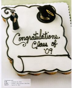 http://www.sugarcraft.com/catalog/holiday/grad/G5-cake.jpg