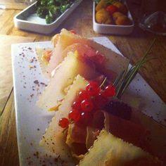 Full moon party restaurant! #cestlete #mangerbien #etcestbon #lepoulpe
