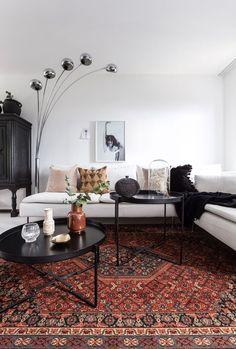 Malin pakker hjemmet sitt inn i kelim Sweet Home, Shabby, Living Room Interior, Interior Livingroom, Living Rooms, Home Organization, Interior Inspiration, Interior Architecture, Modern