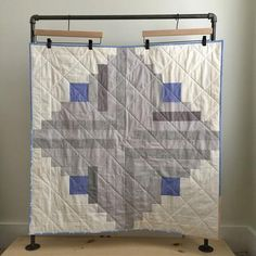 Neutral Log Cabin Baby Quilt by Salty Oat Boy Quilts, Mini Quilts, Quilt Baby, Log Cabin Quilts, Log Cabins, Baby Quilt Patterns, Baby Size, Quilt Blocks, Neutral