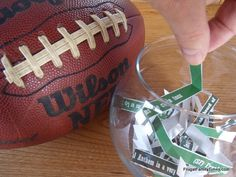 2013 Super Bowl Party Game.  Even non-fans can have fun with this one!  (With free 2013 printable.)    I'm totally doing this on Sunday!