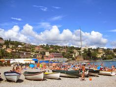 SANTA MARGHERITA LIGURE: The beach http://destinationfiction.blogspot.ca/2015/03/resort-towns-of-italian-riviera.html