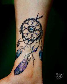 Atrapasueños Tattoo, Tattoo Bein, Tatoo Henna, Tattoo Fonts, Horus Tattoo, Tattoo Feather, Tattoo Music, Chest Tattoo, Mandala Tattoo