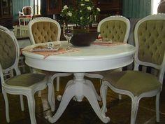 mesa redonda de madeira - Pesquisa Google