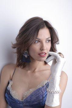 Boho Fashion, Winter Fashion, Womens Fashion, Pearl Images, Fashion Terminology, Swarovski, Vogue, White Teeth, Online Shopping For Women
