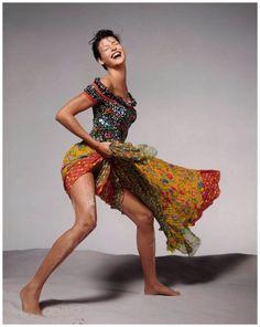 Linda Evangelista, Versace spring/summer 1993 campaign, New York, November 1992 Credit © 2014 The Richard Avedon Foundation. Linda Evangelista, Richard Avedon Photos, Richard Avedon Photography, Gianni Versace, Versace Versace, Sophia Loren, Foto Fashion, Fashion Models, Fashion Goth