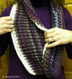 Reversible Ribbed Cowl: free pattern