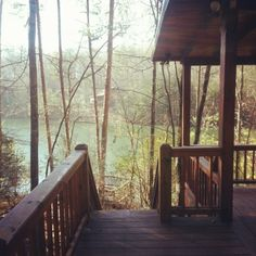 Getaway Cabins, Lake Cabins, Cabins And Cottages, Cabins In The Woods, House In The Woods, Blue Ridge Mountain Cabins, Best Places To Live, Cozy Cabin, My Dream Home