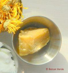 Cera virgen de abeja agente emulsionante,hidratante,y suavizante , añadido en cualquier cosmético natural