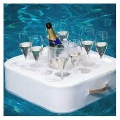 Plus de 1000 id es propos de piscine accessoires sur for Bar flottant pour piscine