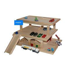 """Sinterklaas 2014? (groot-houten-speelgoed.nl) Houten garage """"Pepijn"""" AFMETINGEN: H67 x B29 x D30 cm.60euro (gezamenlijk cadeau)"""