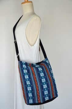 Woven Messenger Bag Tribal Bag Bohemian Handbags by Dollypun