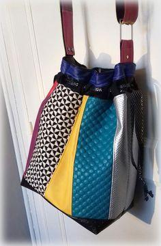 Sac Calypso multicolore cousu par Laureline - Patron Sacôtin