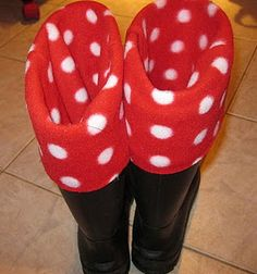 Super Easy Boot Liners- the same exact pattern as the ones I have!