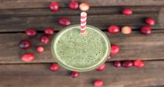 This smoothie has an amazing flavor combination. The subtle sweetness from the banana and the dates   go well with the tartness from the cranberries.